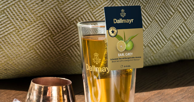 Dallmayr Earl Grey Tee in einem Teeglas